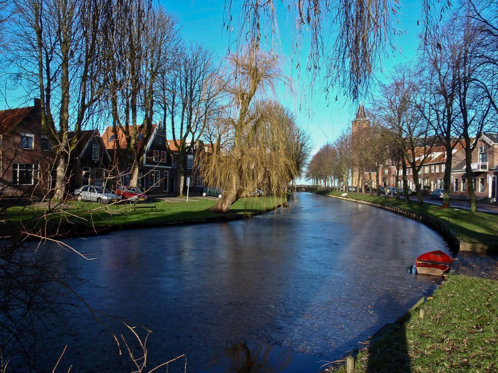Pride-Travel-AMsterdam-Netherlands-Holland-canal