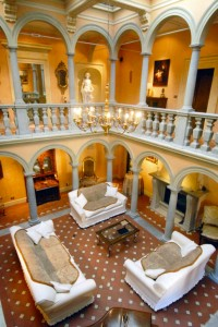 Pride-Travel-Villa-Bertagni-Lucca-Italy-hall-two