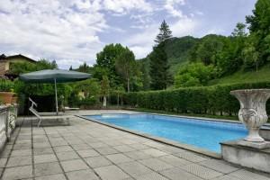 Pride-Travel-Villa-Bertagni-Lucca-Italië-pool
