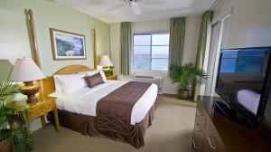Pride-Travel-condo-Kauai-Hawaii-Point-at-Poipu-resort-bedroom