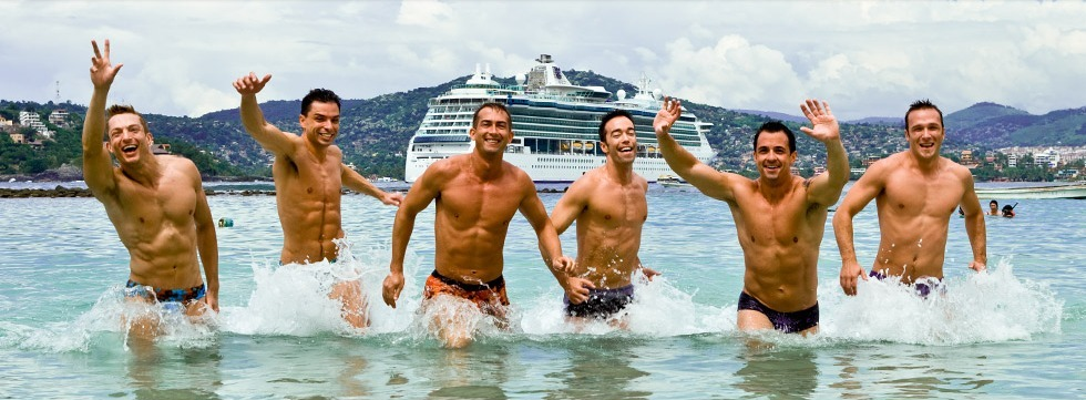 PRIDE-Travel-Atlantis-gay-cruise-hot-men-guys-shirtless-bare-borst-naked-swimsuit-speedo-shorts-2-nat-water