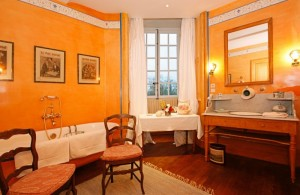 Pride-Travel-Chateau-de-Normandie-11-bath-room-bathroom-country-wood-earth-tone