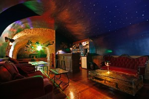 Pride-Travel-Chateau-de-Normandie-9-bar-lounge-cave