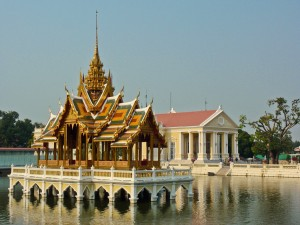 pride-travel-thailand-ayutthaya-bang-pa-in-summer-palace-aisawan-dhiphya-asana-pavillion-shrine-temple-stupa